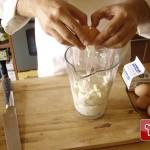 Stracchino-Käse und Eier