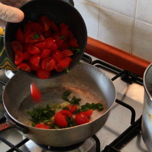 Tomatoes in the pan