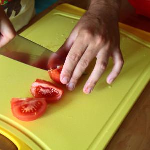 Slice the tomato