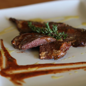 Carne di cavallo con senape e timo