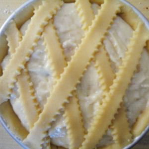 Decorate with strips of pastry