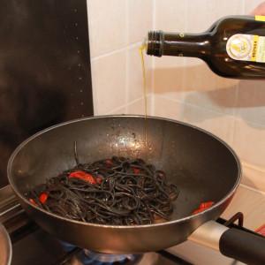 In einer Pfanne kochen