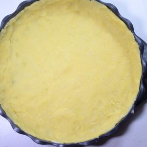 Line a baking tin